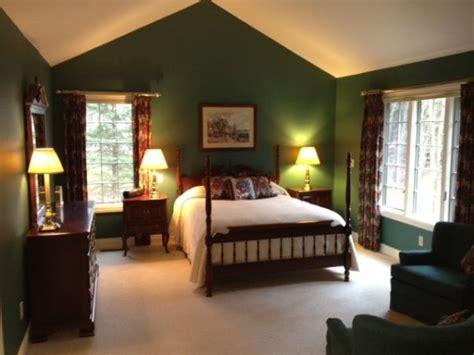 hunter green bedroom best 25 hunter green bedrooms ideas on pinterest green