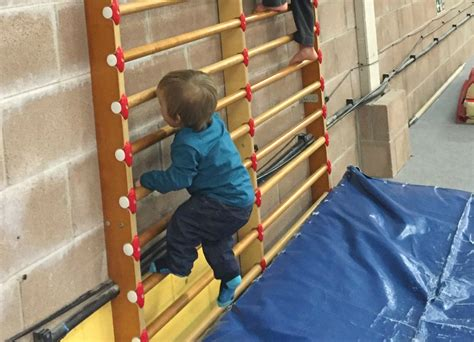 how to keep baby from climbing out of crib how to stop baby from climbing out of crib how to keep