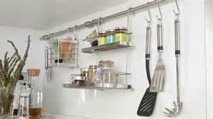 Merveilleux Poser Une Credence De Cuisine #8: 07807793-photo-accessoire-credence-rangement-pour-cuisine.jpg