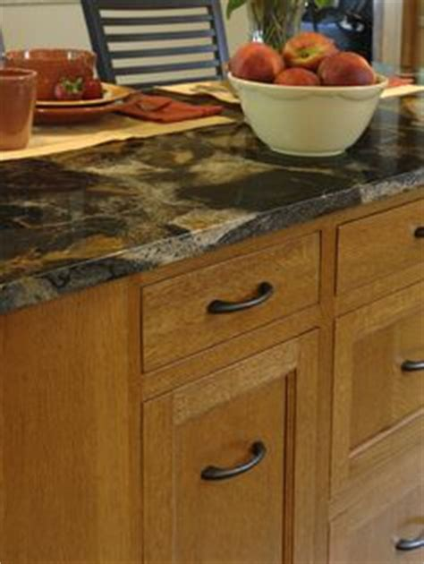Best Hardware For Oak Cabinets by 1000 Images About Oak Cabinets On Oak