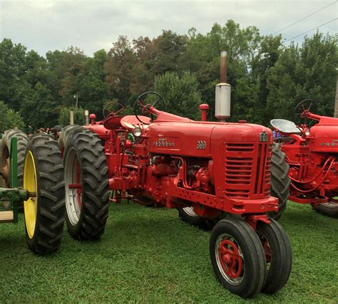 best small picking the best tractor for small farms countryside network