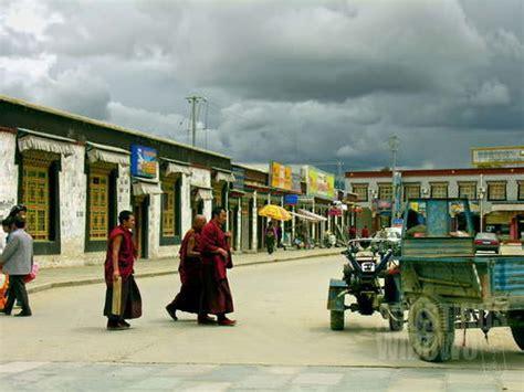 Revolusi Tibet Oleh Nurani Soyomukti titik nol 22 shigatse agustinus wibowo