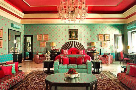 jaipurs  luxurious hotel sujan rajmahal palace