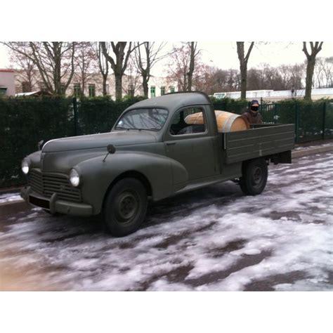 location auto retro collection peugeot  pick