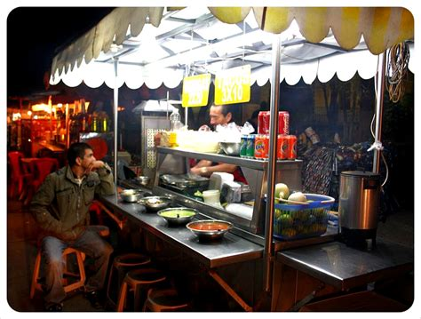 food stand food junkies on the hunt in guatemala globetrottergirls