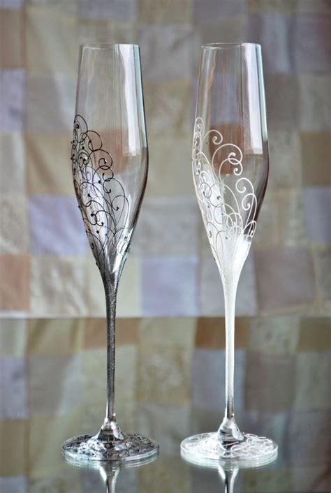 Toasting flutes, Black and White Wedding glasses