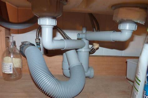 Branchement Lave Vaisselle Sous Evier by Raccordement 233 Vacuation Lave Vaisselle Sur 233 Vier