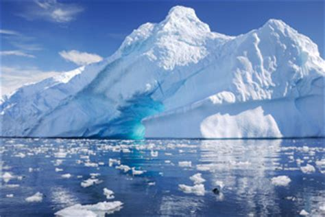 Quest for the Antarctic Circle   Polar Cruise Holiday