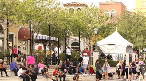 duffy boats lake las vegas the place to socialize dine and enjoy entertainment