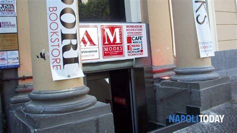 libreria mondadori napoli piazza vanvitelli il bookstore mondadori ha aperto i battenti