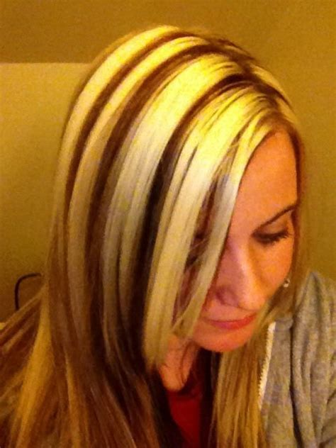 dramatic blonde highlights images dramatic blonde chunky blonde with light brown highlights and a tint of