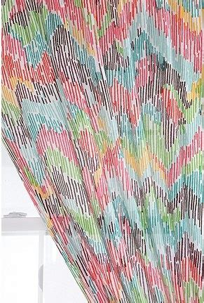 Bright Patterned Curtains Outfitters Chevron Patterned Curtain Casa Chambre Haus Outfitters