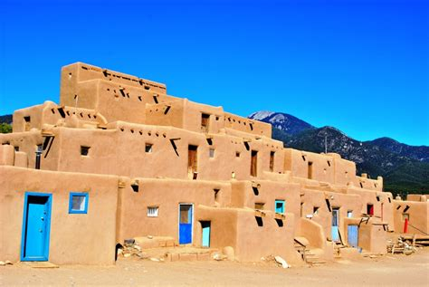 pueblo they are common to the southwest desert the earth taos pueblo wikipedia