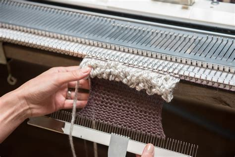 knitting machine for machine knitting efficiency quality denada