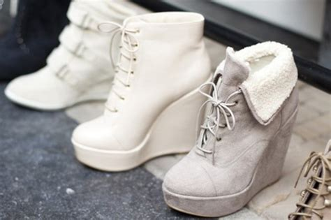 shoes lace up white soft grey warm wedges