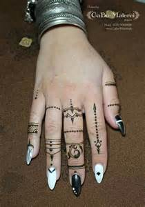 henna tattoo berlin best 20 brown henna ideas on