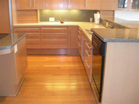 Kitchen Base Cabinets Toe Kick Kitchen Base Cabinet Toe Kick Dimensions Cleanerla