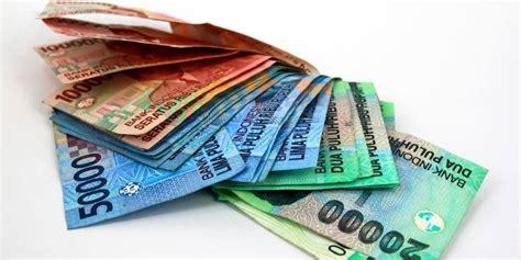 detik kurs kurs rupiah melemah capai 12 600 per dollar as si momot