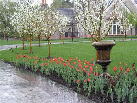 Vintage Garden by Design Services Vintage Garden Design