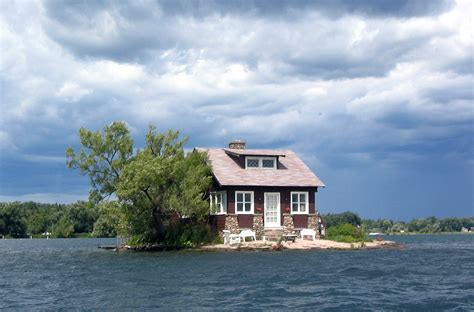 Island Houses file thousand islands single house jpg