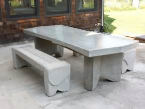 Concrete Patio Tables And Benches 10 Easy Pieces Concrete Outdoor Furniture Gardenista