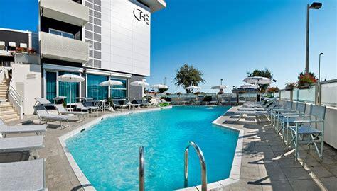 hotel terrazze riccione hotel riccione con piscina 3 stelle albergo con terrazza