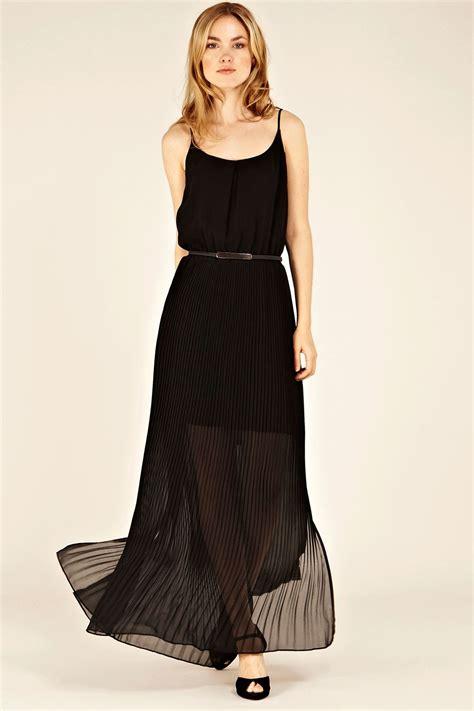 black chiffon maxi skirt 100 images guess by oasis chiffon pleat maxi dress in black lyst
