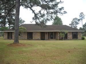 homes for in lake charles la 889 melanie ave lake charles la 70611 foreclosed home