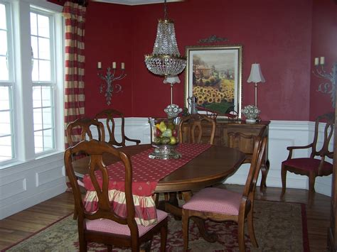 dining room accentuate wall decor for dining room ideas wall decor ideas for dining room colorful rug wooden floor