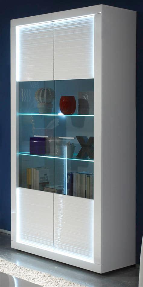 vitrinenschrank modern vitrinenschrank wei 223 hochglanz rillenoptik mit led