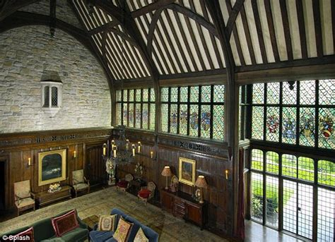 Tudor Style Windows Decorating Mel Gibson S Tudor Style Mansion In Greenwich Hooked On Houses