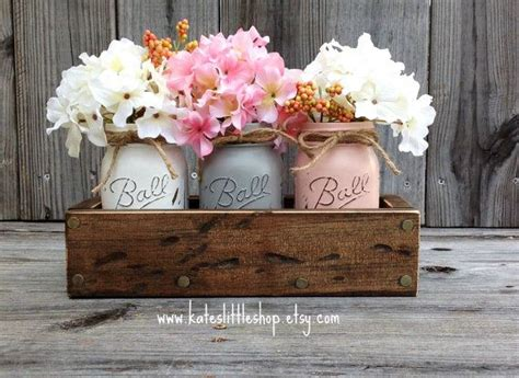 Table Centerpieces For Home by 25 Best Ideas About Everyday Table Centerpieces On