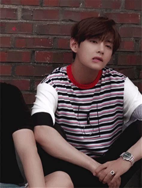 kim taehyung lips taehyung don t bite your lip 176 176 kim taehyung