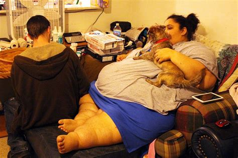 Betty Joe 600 Lbs | houston texas husband tries to prevent 660lbs wife from
