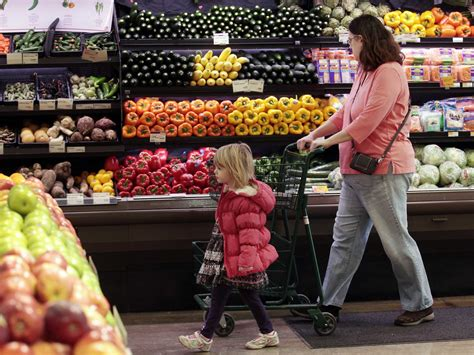 Grocery Shopping Mistakes by Common Grocery Store Shopping Mistakes Business Insider