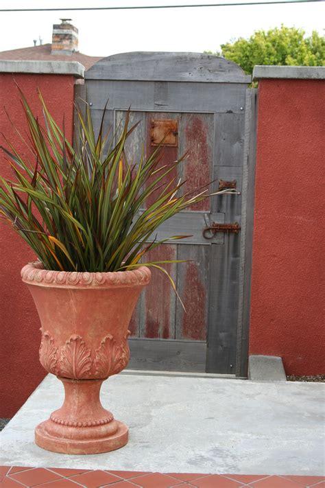 Urban Modern Design Mediterranean Garden Design How To Create A Tuscan Garden