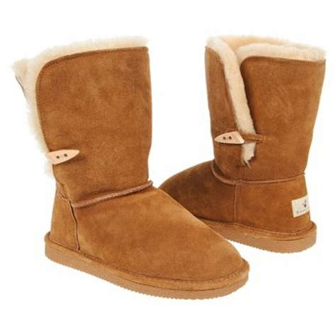 what is the most popular boot for teen boys photos best winter accessories for teens scarves hats