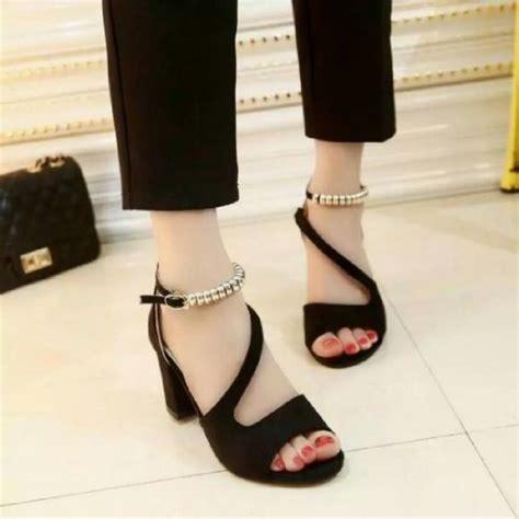 sandal high heels hitam cewek wanita kerja pesta hak