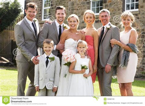 Multi Family Plans groupe de famille au mariage photo stock image 33082100