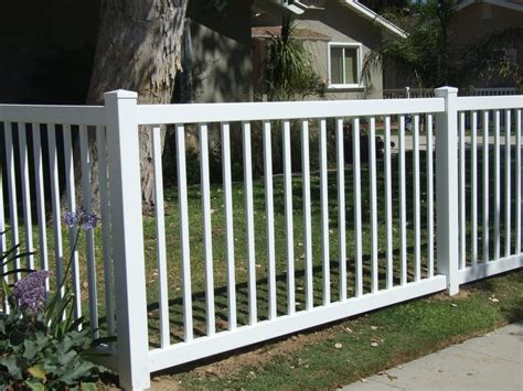 perimeter fence perimeter fence 4 foot high white yelp