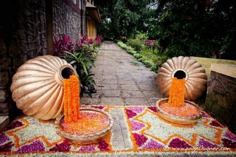 1000  images about Mehndi decorations on Pinterest
