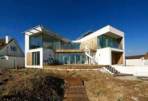 Modern Mansion Beach House Architecture by Modern Beach House In East Sussex With Glass And Timber