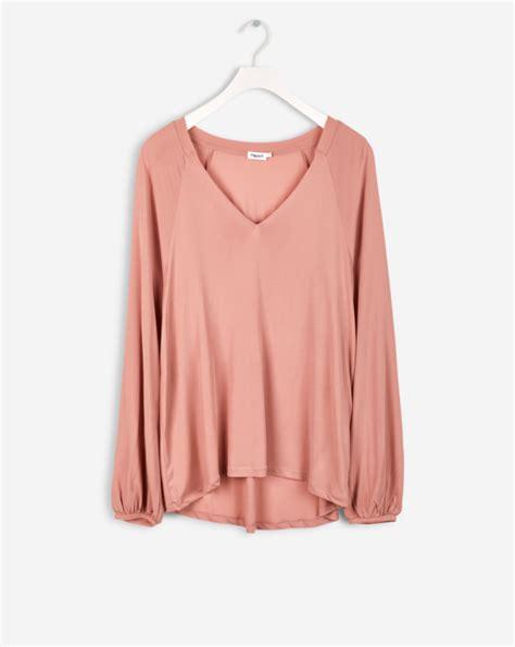 Hq 18219 V Neck Casual Blouse blouse png hd transparent blouse hd png images pluspng