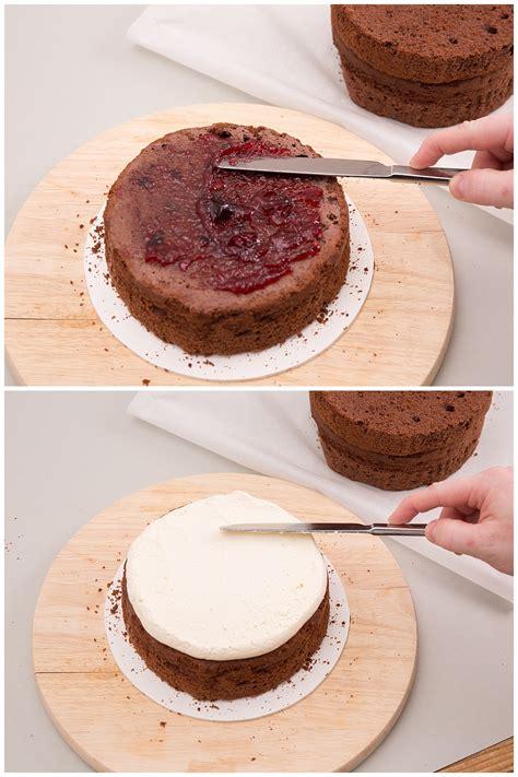 hochzeitstorte selber backen hochzeitstorte selber backen cake mit eukalyptus