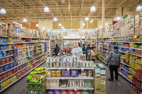 tlatet convenience stores and supermarkets the top 21 international grocery stores in toronto