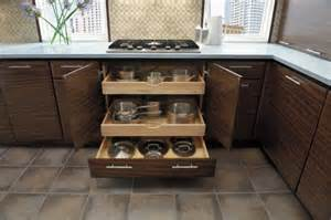 Inside Kitchen Cabinet Storage by Corner Kitchen Cabinet Storage9 Inside Corner Kitchen
