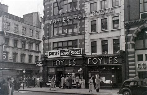 foyle s 19 fabulous photos of london s west end in the 1950s by allan hailstone flashbak