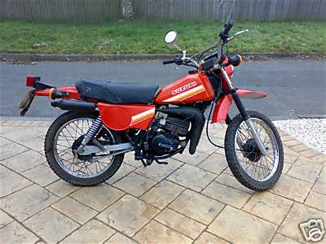 Suzuki Ts 100 Suzuki Ts100 Gallery Classic Motorbikes
