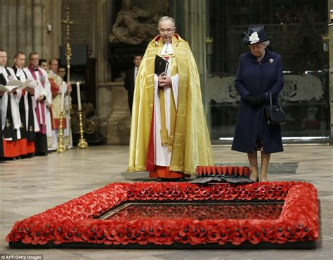 film queen ve day the queen joins veterans at westminster abbey to mark 70th