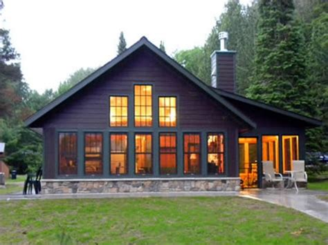 houses under 1000 sq ft this 1000 square foot handicapped accessible cottage was